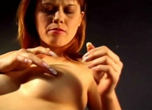 Porno kabouter verkracht zijn buurmeisje
